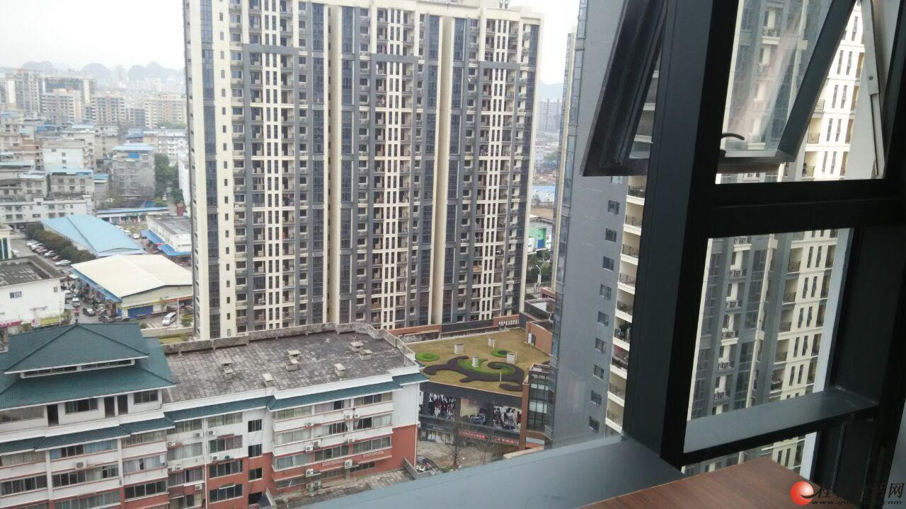 【写字楼出租】恒大广场A级写字楼 50-80平米 可分租或者几间打通