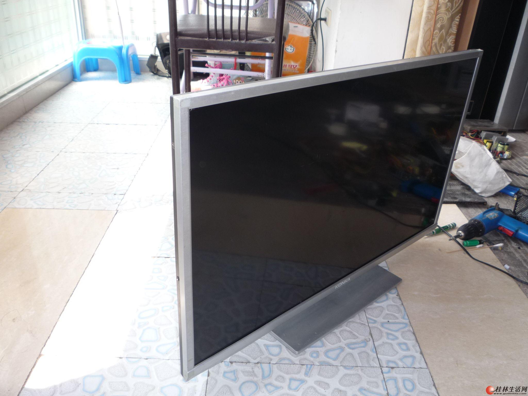 出一台康佳LED32F3300CE电视机