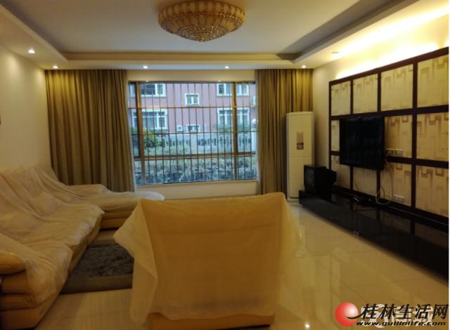 出租,彰泰兰乔圣菲,3房2厅2卫,110平米,电梯7楼,3500元/月精装修,家具齐全拎包