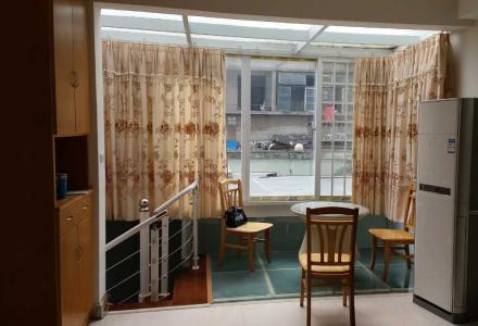 富人区-康桥半岛6栋3单元102室(靠近西门菜市的南门)