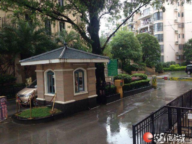 出售,碧水康城,4房2厅2卫,157平米,3楼-4楼复式,108万,清水房