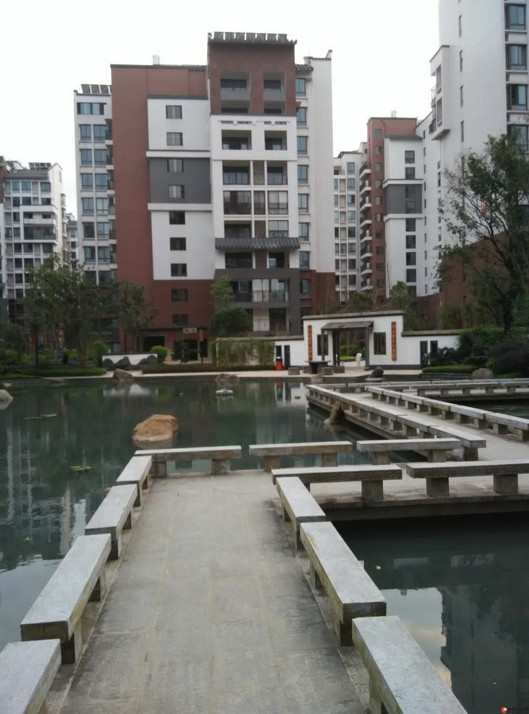急售,彰泰睿城清水房,3房2厅2卫,139.21平米,115万,2楼