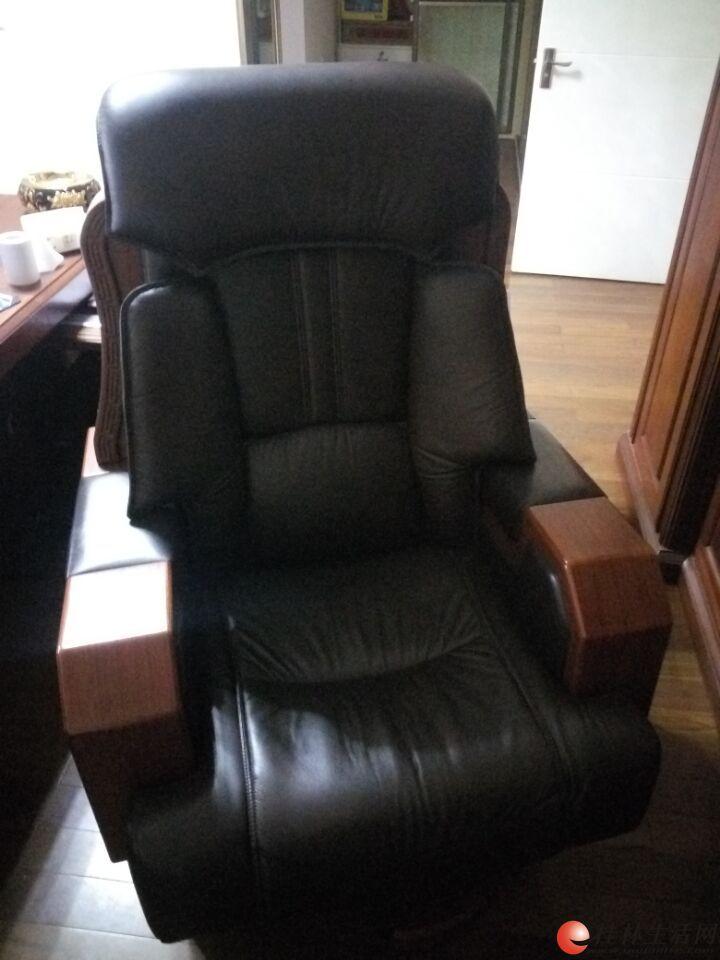 办公桌椅九成新优惠转让