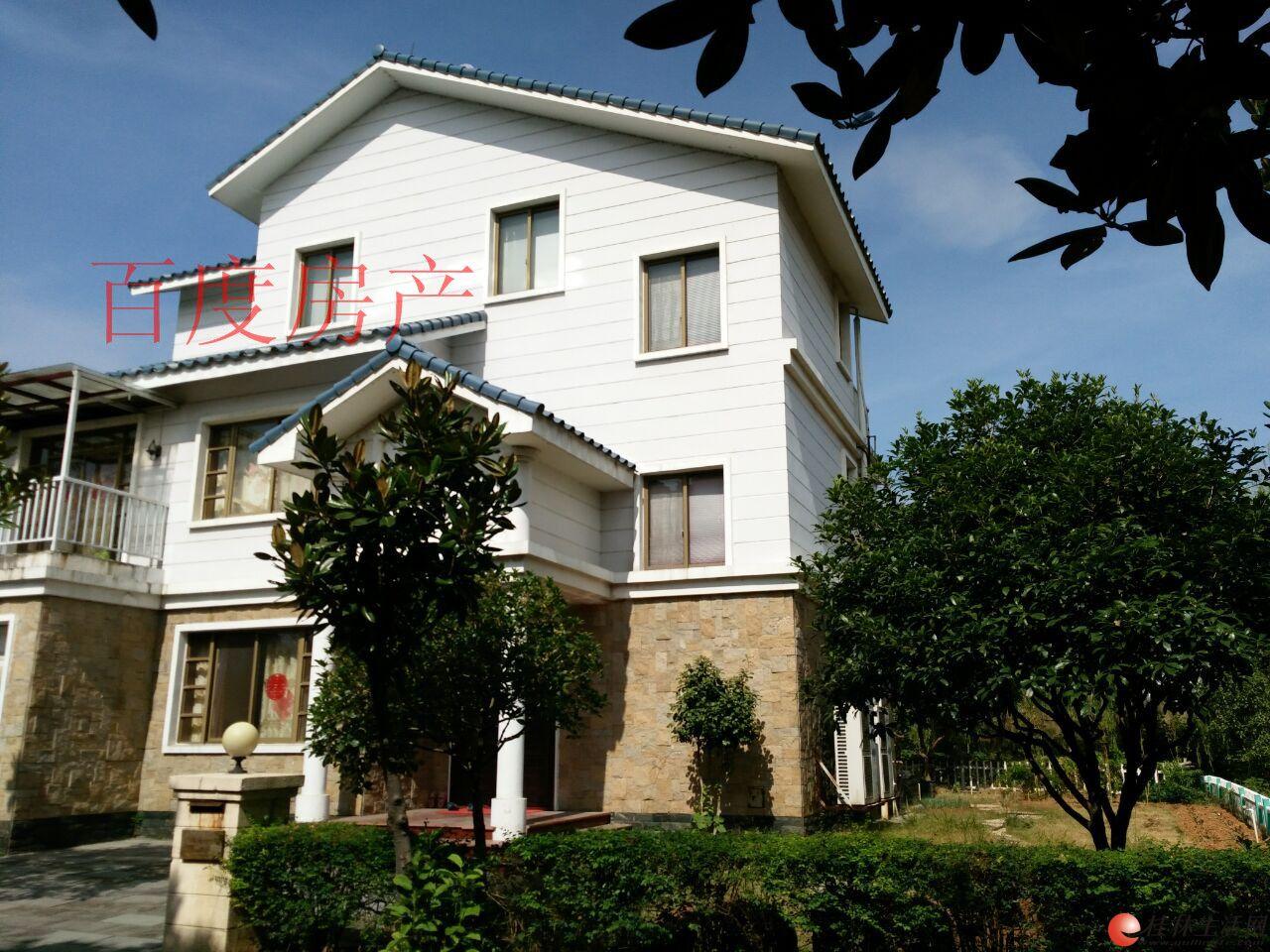 W只要230万拥有九里香堤带车库独栋大别墅,占地500多平方,产权300!三层独栋