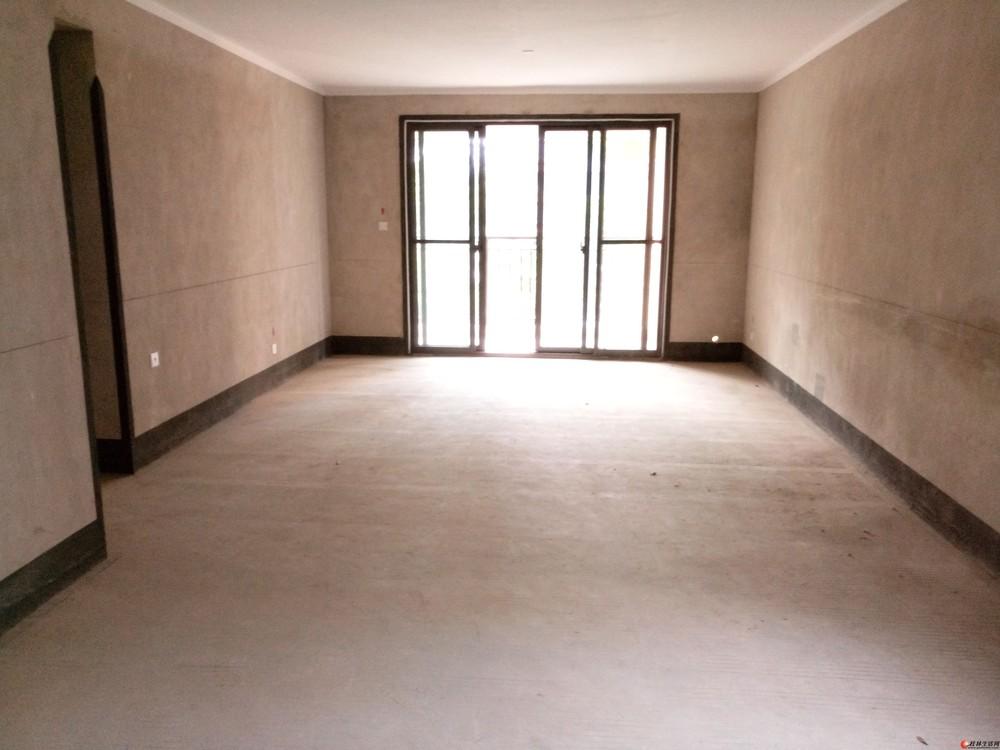 【稀缺房源】【彰泰睿城】2楼清水3房146平米带40平米露台