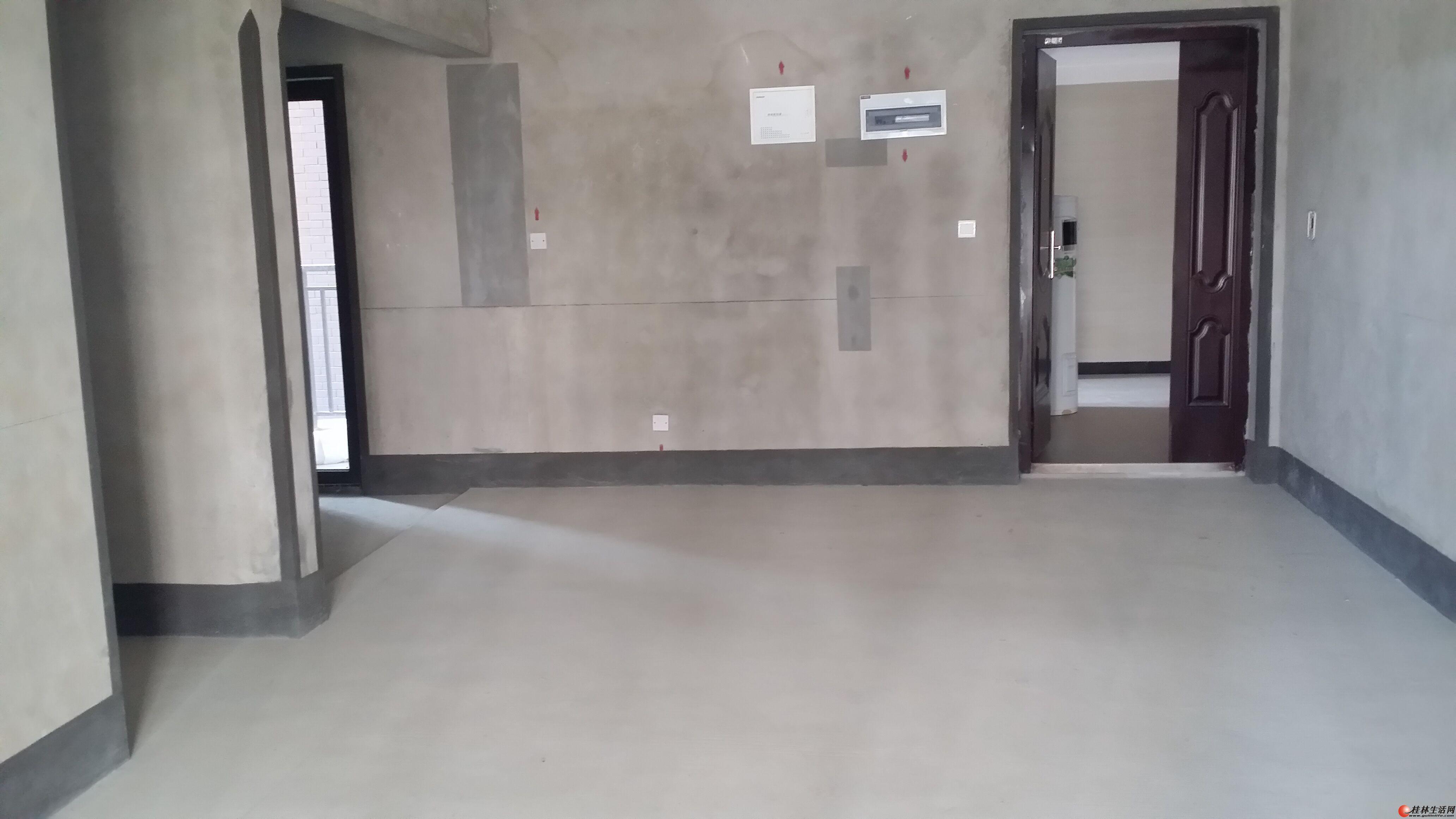 【真实房源】三里店【彰泰睿城】3楼清水3房【惊喜价出售】100万