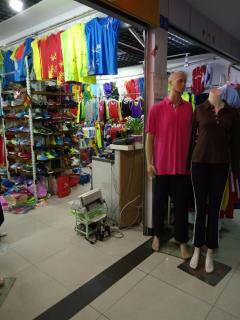 桂林星光体育 主营:篮球服、足球服、班服、广告衫
