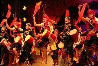 桂林演出公司演艺演出外籍国模特搭建舞台桁架灯光音响