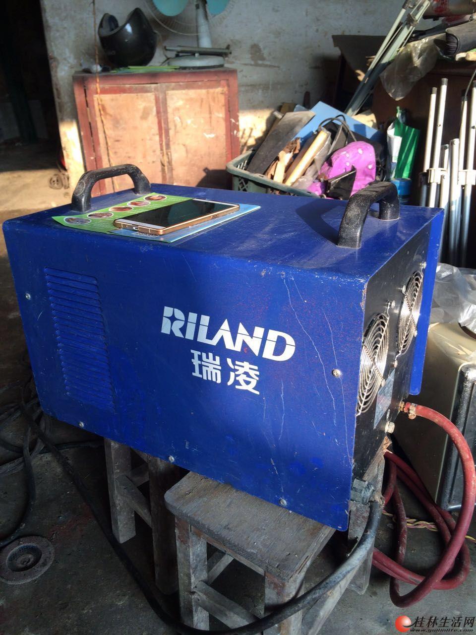 多功能焊机 可焊接 铜、铝 不锈钢、铁 用过十来次 原价3800元 现只要2500元