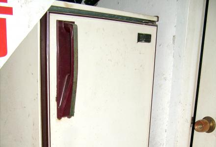 出售自用经典老牌沙松冰箱210升,限桂林市区交易。