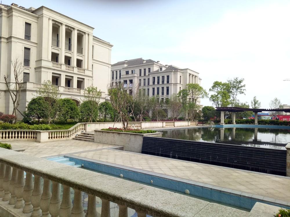 C象山区  安厦漓江大美 3房2厅低楼层 121㎡特价房65万