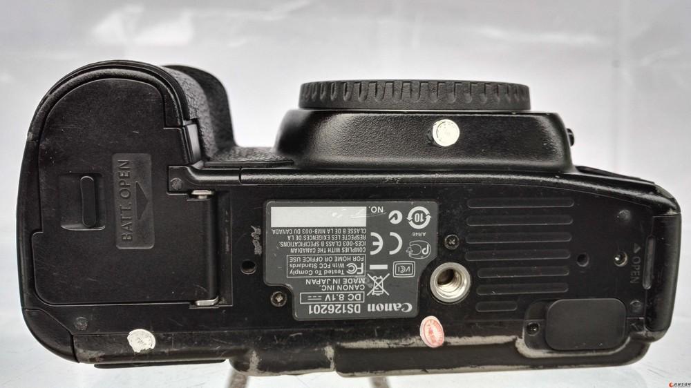 佳能5D2全画幅相机     4300元