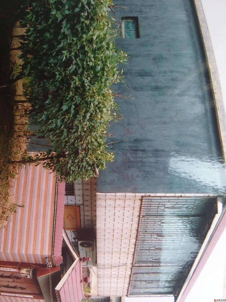 灵川县石狮路老干村一栋楼房出售