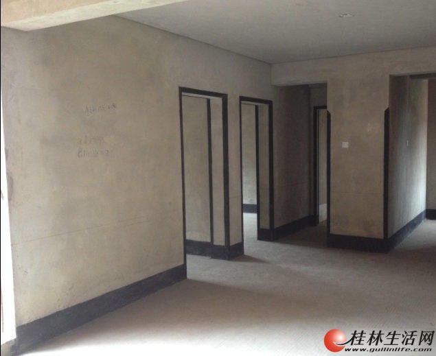 秀峰广源国际社区3室2厅2卫129平米82万清水房