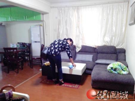 6【龙隐学区】工商局宿舍 2室2厅1卫 68㎡ 42W 带杂物间