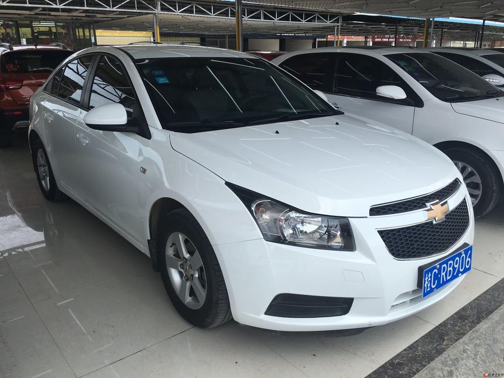 桂林市美女一手车(2014年9月上牌、手动档、带导航、倒车影像、真皮座椅、