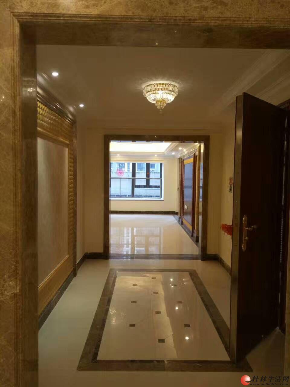 恒大广场全新豪华公寓277平米