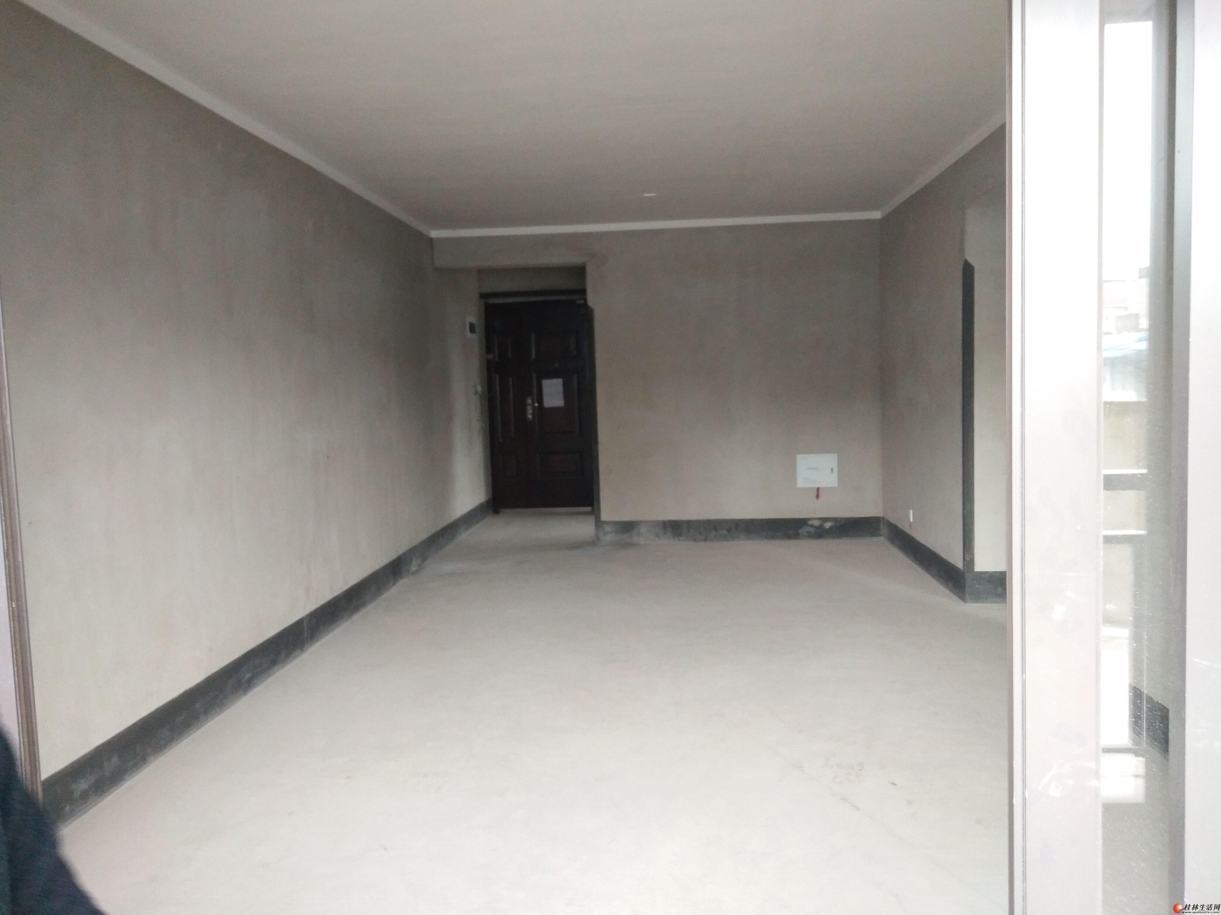 Q出售悠山郡85平2房2厅1卫带120平左右露台