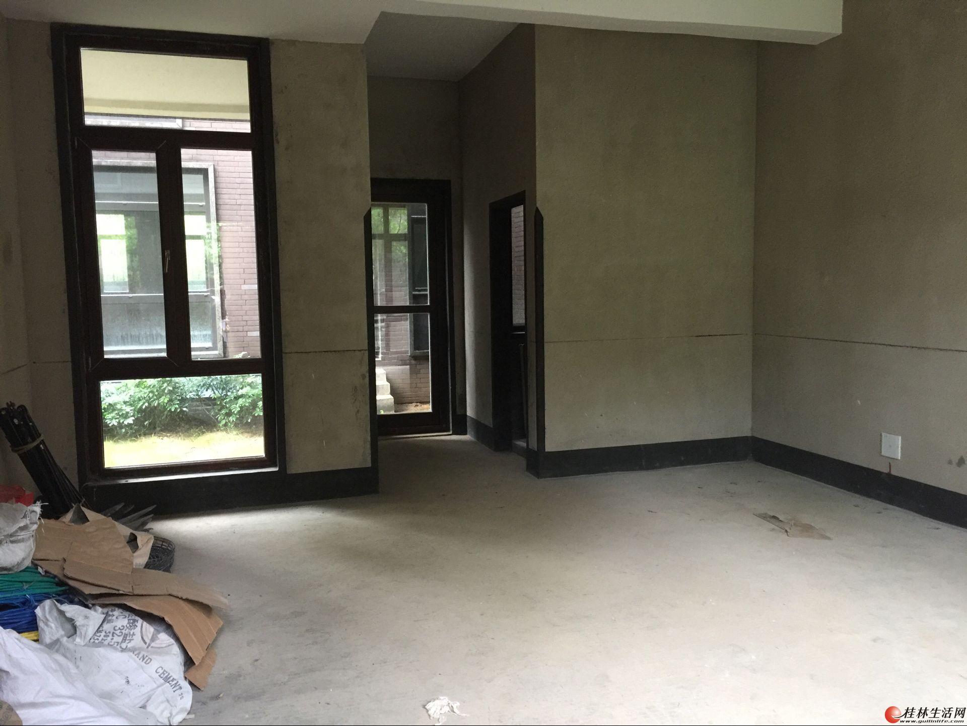 L挥泪急售 桂林公馆 桃花江旁 原乡墅 5室4厅4卫 实用500㎡+双车库 300万