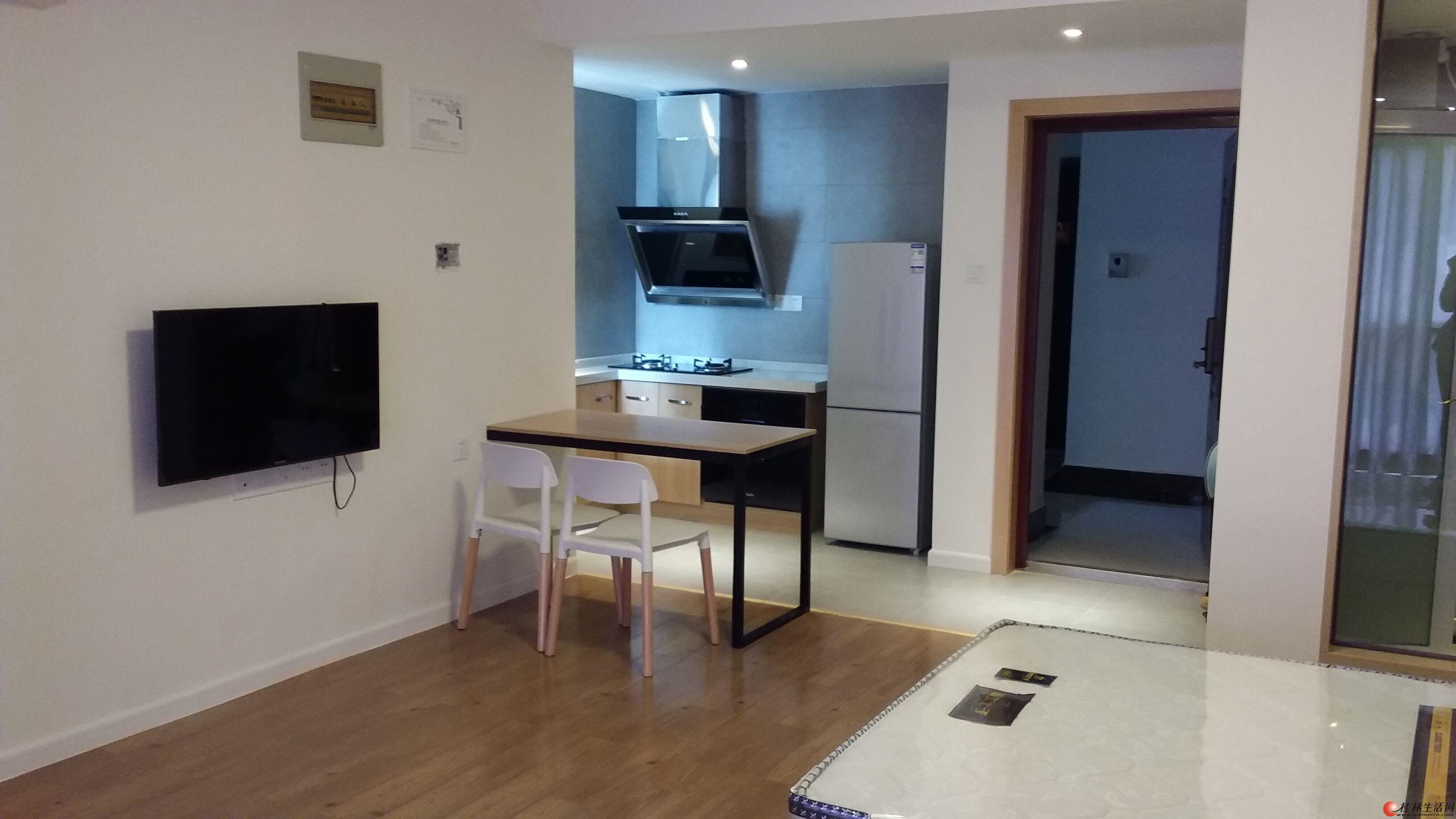 七星区冠泰城国 单间公寓 精装修 首次出租 家具家电齐全 智能化小区管理 拎包入住