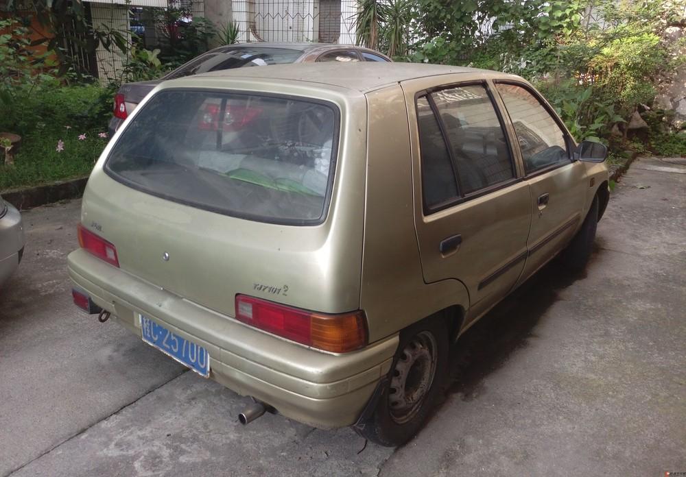 转让价格不到电动车的空调夏利轿车