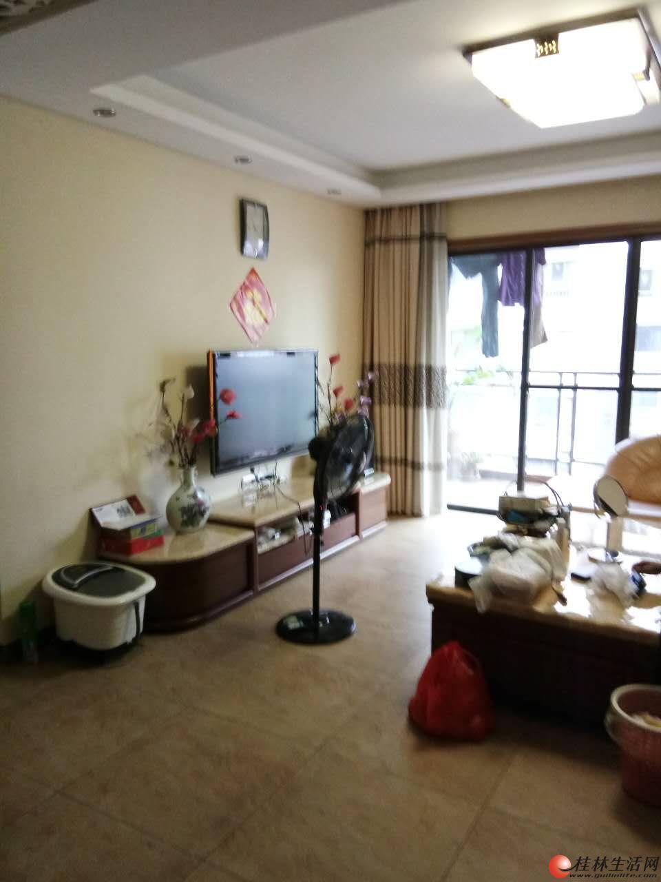 M 三里店大圆盘附近新天地 精装3室2厅2卫 122㎡ 电梯房 龙隐学区