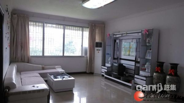 火车始发站旁富桂苑小区9室6厅6卫 420平米