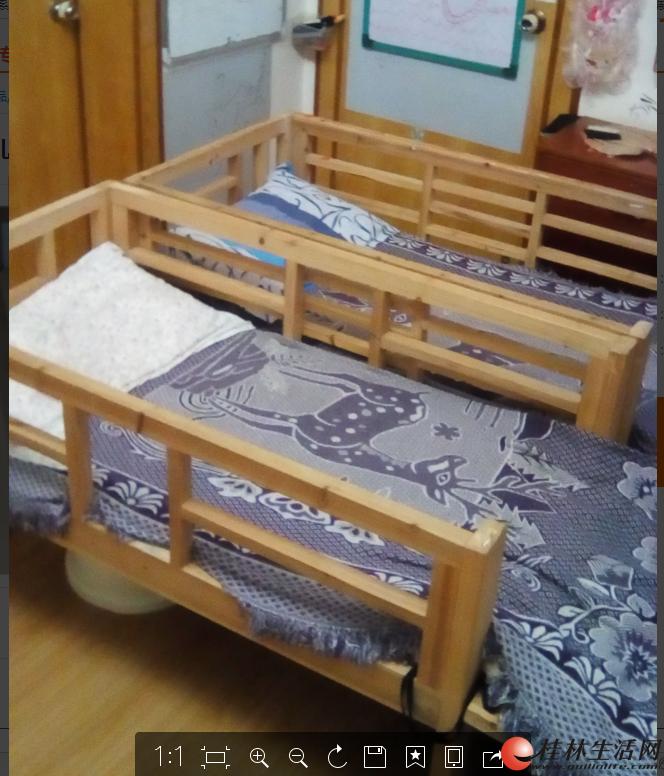 换大床了,低价转让实木儿童床,有2张