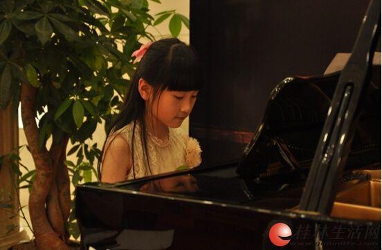东声新概念艺术教育暑期小小音乐家火热招募中!