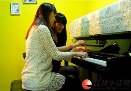 专业的艺术培训尽在桂林东声艺术培训中心,暑期招生火热进行中。