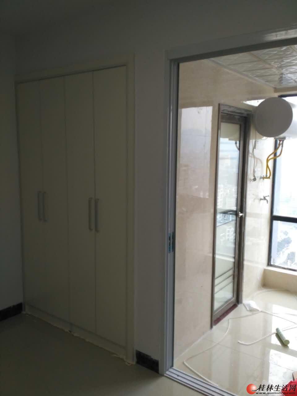 八里街哈佛中心小区精装公寓房出租