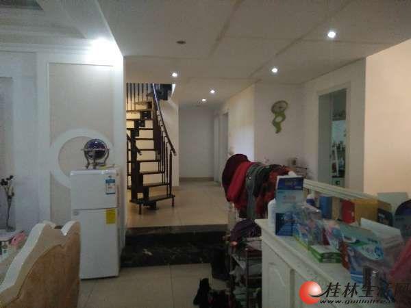 七星公园旁,龙隐小学,绿涛湾4楼复式出售,5房精装拎包入住。