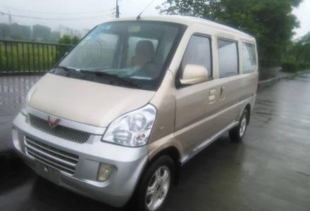 五菱 荣光 2008款 1.2 手动 舒适型 7座