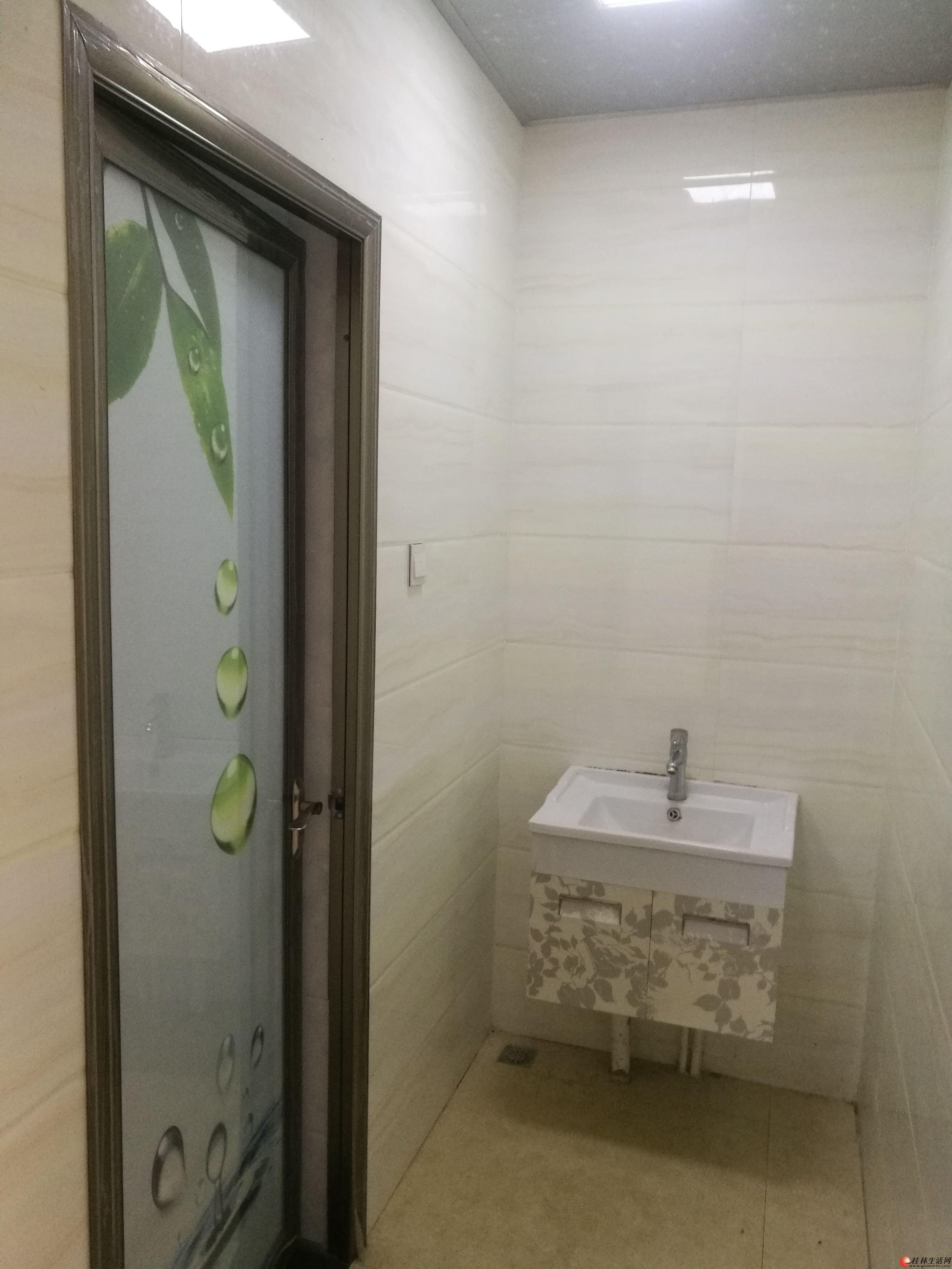 临桂奥林匹克花园精装4房2厅2卫出租