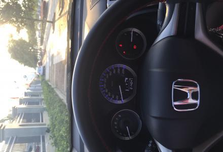 广汽本田锋范1.5自动档女士自用私家车