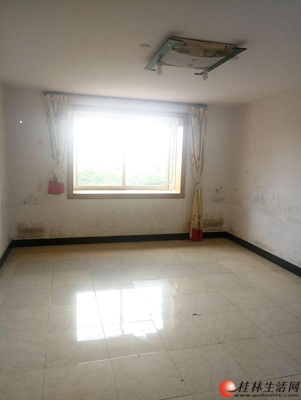 安新南区上海路港湾一号旁彩云洲小区 3房119平米 69万 有钥匙看房方便!