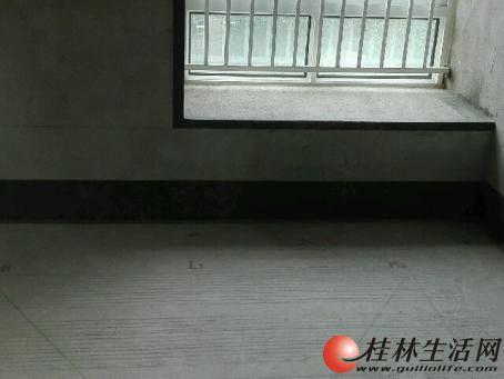 七星区【 彰泰人家】 3室2厅2卫 112平米 清水房 电梯4楼 只要58万