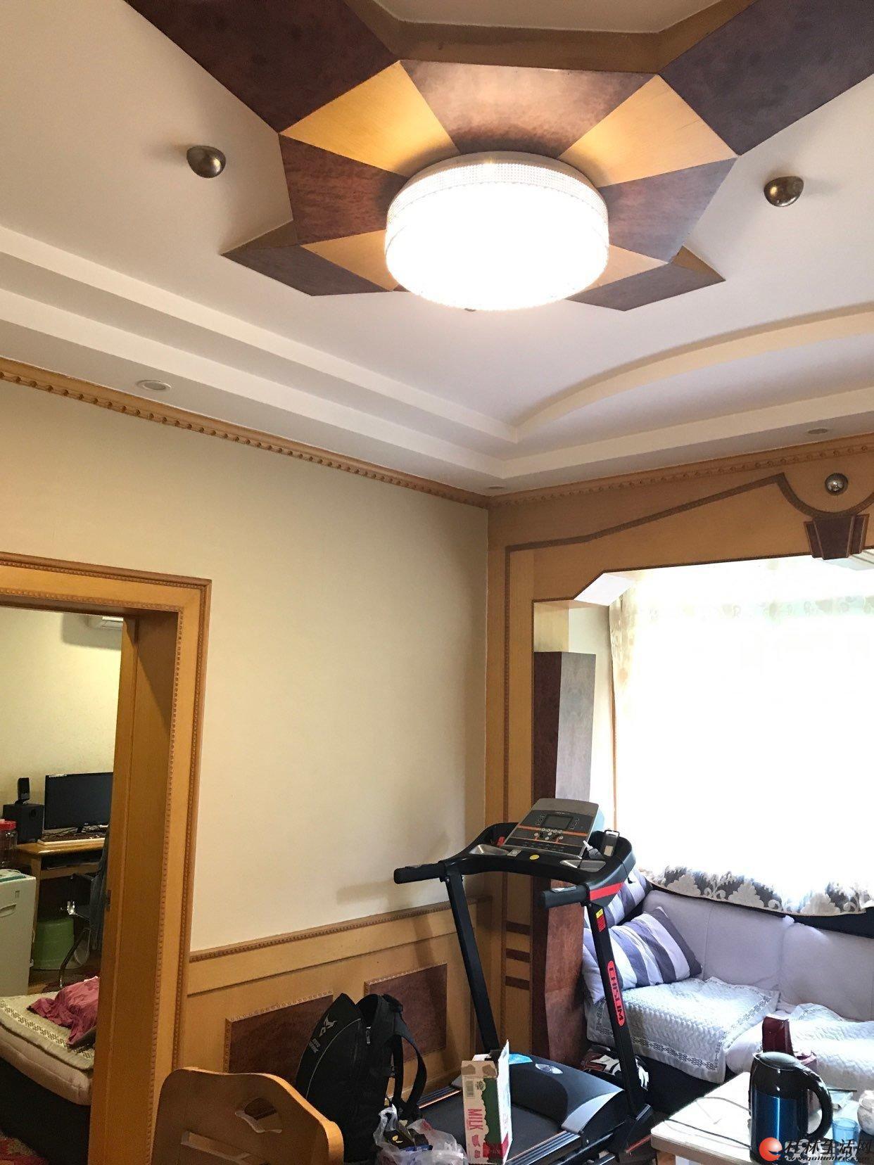 铁西二里 2室1厅1卫 全实木豪华装修(去年装) 急售