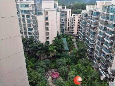 L四季花城 联达广场旁 清水房 电梯楼 3房135㎡+双阳台 90万