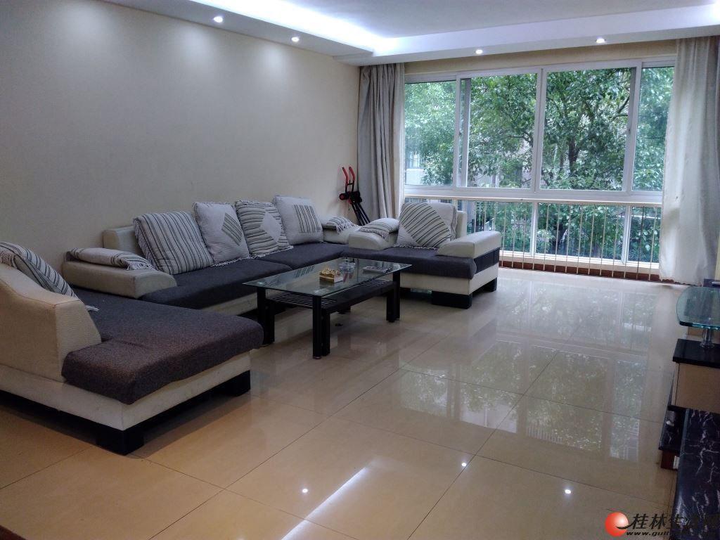 H安厦世纪城 3房2厅 精装修 128㎡家电家具齐全2600元/月