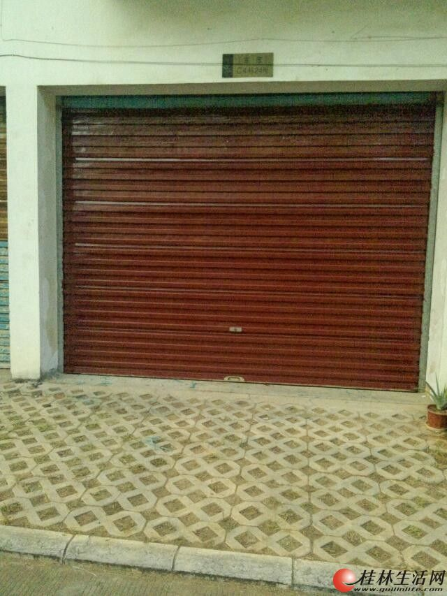 临桂金水湾花园C区26平独立产权车库出售,双证齐全。