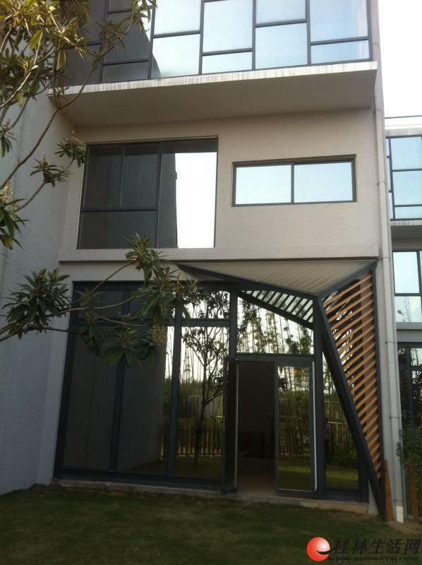 桂磨路 水印长廊 500万别墅 带地下室+阁楼露台+80㎡花园+车位!
