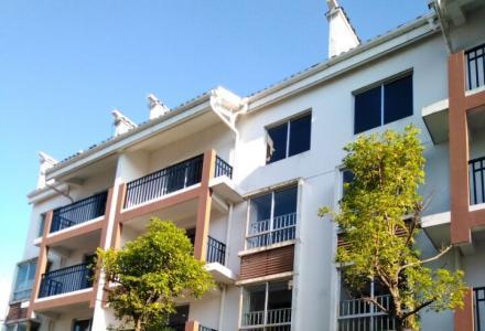 三栋别墅可以用来做家庭旅馆