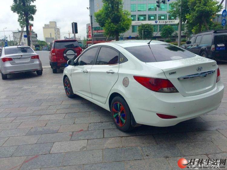 北京现代 瑞纳 自动挡 排量1.4