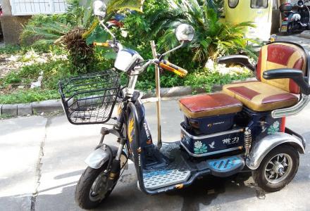 常力电动车三轮车老年代步车