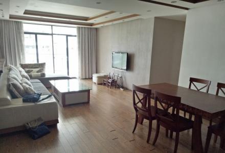 C七星区 骖鸾路兴进上城3房2厅精装高楼层135平米电梯3500元