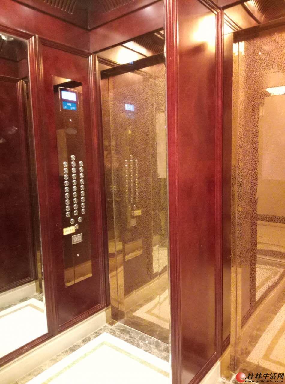 自有桂林北站恒大广场280平8室精装房带家俱家电办公住家皆宜