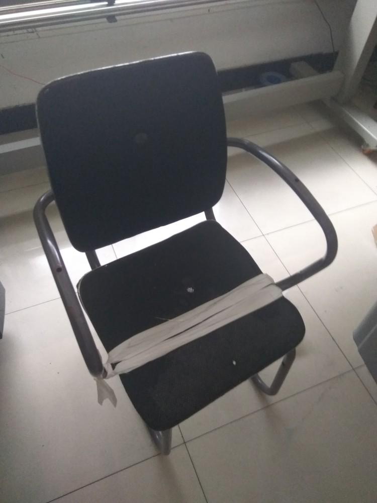 公司出售一批办公用品-黑背椅子(旧)