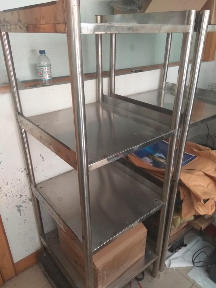 公司出售一批办公用品-不锈钢置物架(高)