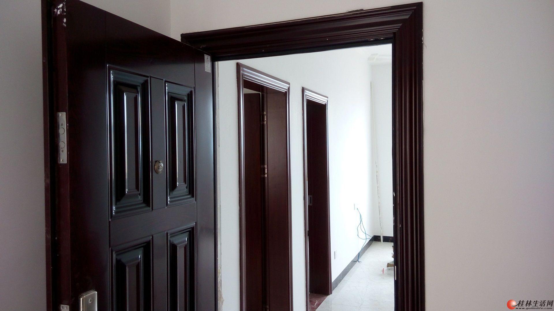 新房首租3房1厅890/月和平村(万达广场对面)